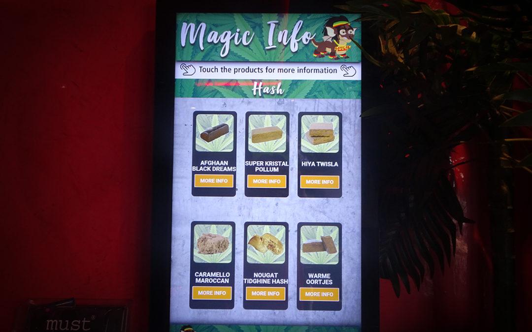 Touch informatiedisplay coffeeshop Magic