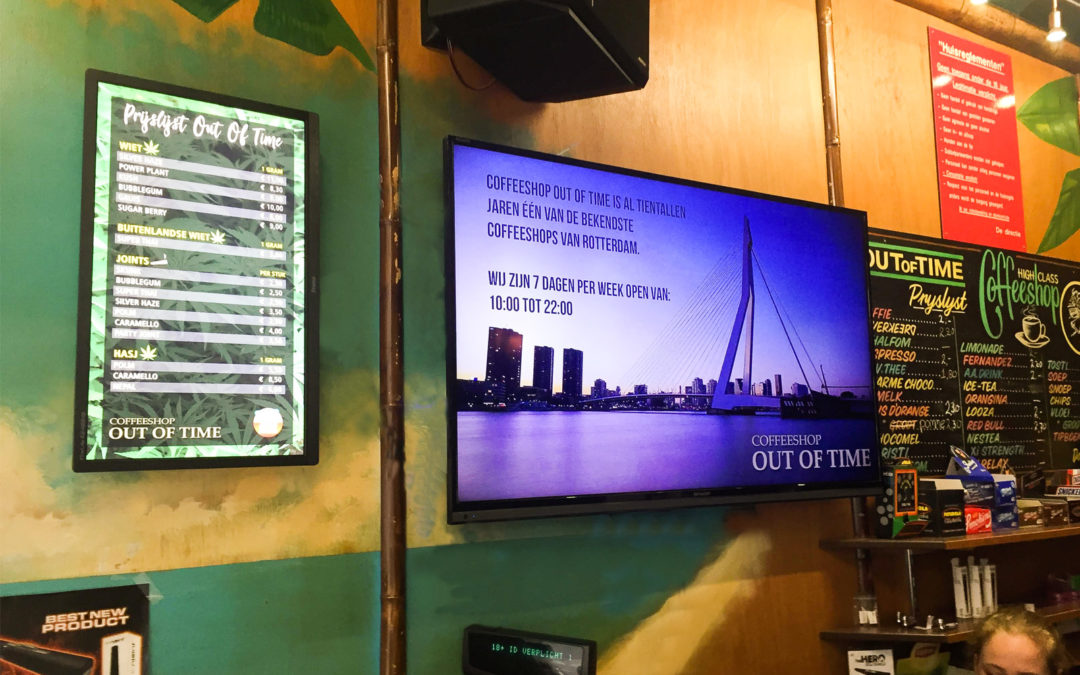 Digital Signage Out of Time
